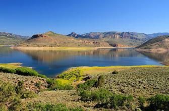 Photo: Le Blue Mesa Reservoir est la plus grande étendue d'eau du Colorado.