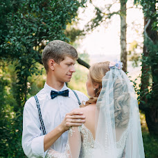 Wedding photographer Ekaterina Kozyrenko (katrusya31). Photo of 22.08.2016