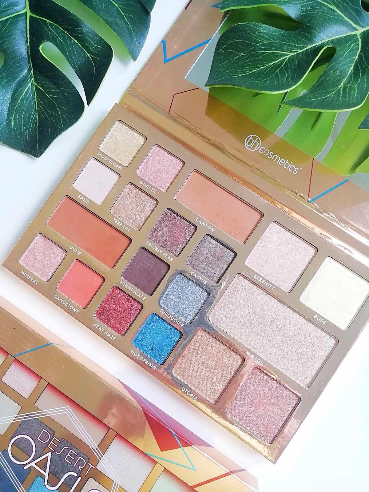 Bh Cosmetics Desert Oasis Eyeshadow and Highlighter Palette