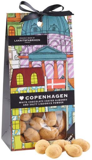 ❤ Copenhagen - Mandlar dragerade med vit choklad och saltlakritspulver - Lakritsfabriken Ramlösa