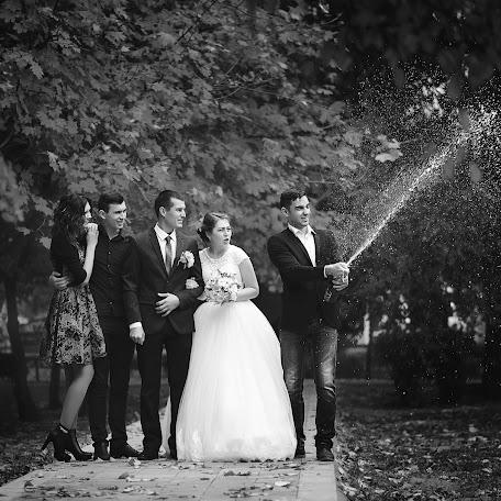Wedding photographer Yuriy Golubev (Photographer26). Photo of 25.11.2017