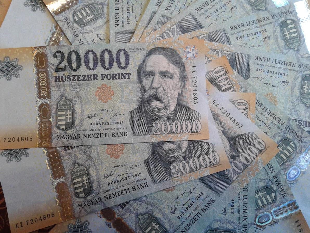 Forint helyett fehérorosz rubelt kapott