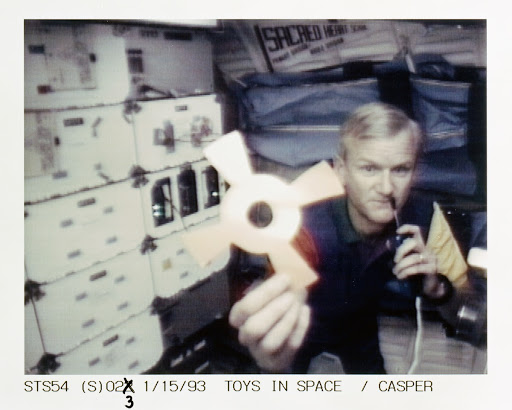 STS-54 Commander Casper with DSO 802 & Physics of Toys on OV-105's middeck