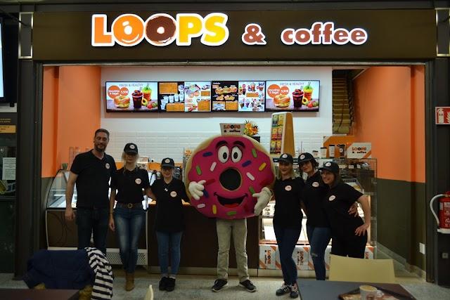 El equipo del nuevo establecimiento (Facebook Loops and Coffee).