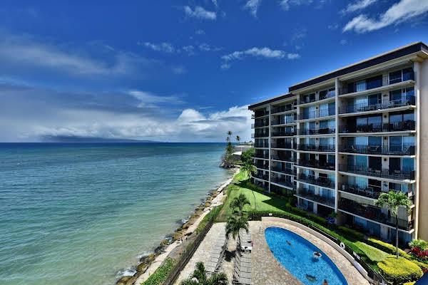 Hololani Oceanfront Condominiums