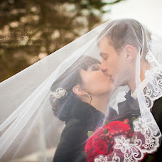 Wedding photographer Margarita Pivovarova (margarita1). Photo of 17.02.2014
