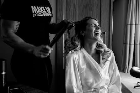 Fotografo di matrimoni Diego Velasquez (velasstudio). Foto del 21.05.2020