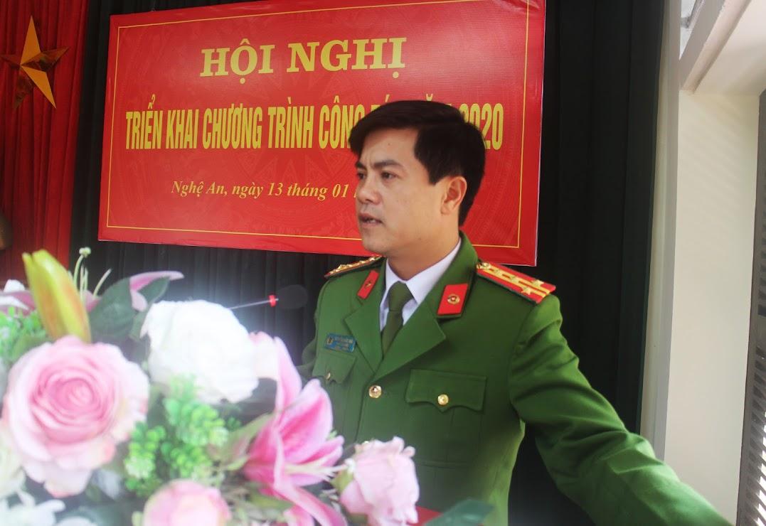 Đồng chí Đại tá Nguyễn Đức Hải - Phó Giám đốc Công an tỉnh phát biểu chỉ đạo tại hội nghị