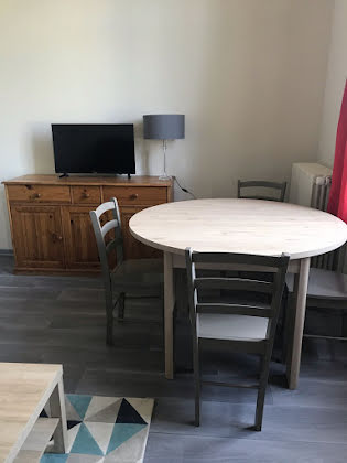 Location appartement meublé 3 pièces 65,81 m2