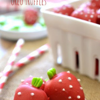 Strawberry Shortcake Oreo Truffles
