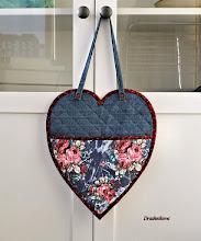 Photo: Обратная сторона сердечка-органайзера.