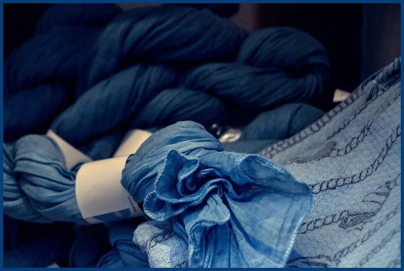 Vetrina in blu  di Ro51