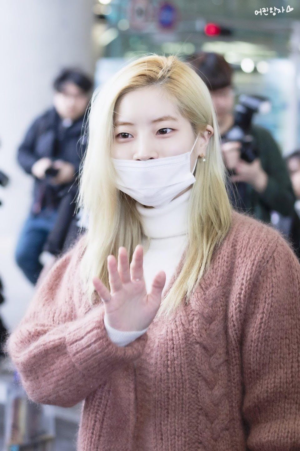 blondehairranking_dahyun2