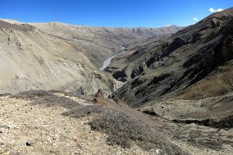 Photo: Au collet à 5030m, vue arrière sur le plateau de Damodar kunda