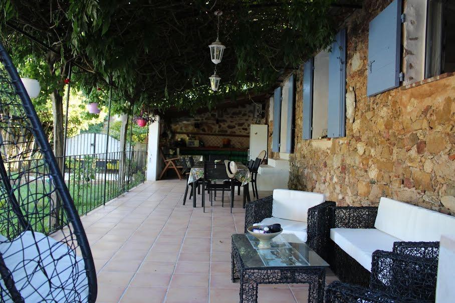 Vente maison 4 pièces 100 m² à Hyeres (83400), 660 000 €