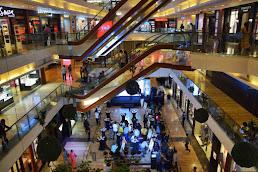 Shopping centers in Worli