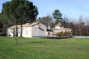 villa à Conne-de-Labarde (24)