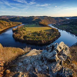 by Lukáš Lang - Landscapes Mountains & Hills ( #czechrepublic #vyhlidkasolenice #overview #sonya7iii )