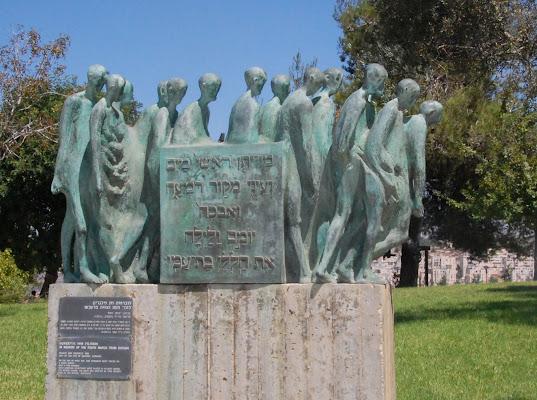 Sepolcro nel Giardino dei Giusti a Gerusalemme di luciano55