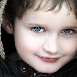 beautiful eyes by Gjunior Photographer - Babies & Children Child Portraits ( portrait, child )