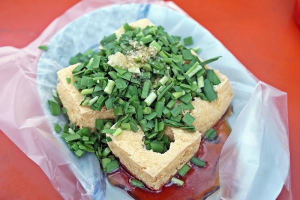 跳躍的宅男 - [花蓮鳳林]停車場惠鈺韭菜泡菜臭豆腐-這就是花蓮的味道