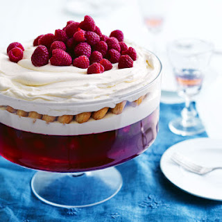 Raspberry and White Chocolate Trifle Recipe