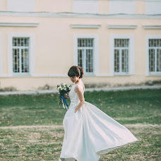 Wedding photographer Liliya Mak (lillymak). Photo of 14.02.2016