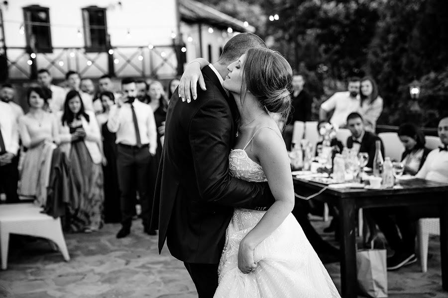 ช่างภาพงานแต่งงาน Bozhidar Krastev (vonleart) ภาพเมื่อ 01.05.2019