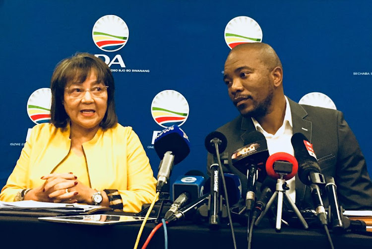 Cape Town mayor Patricia de Lille and DA leader Mmusi Maimane announce on August 5, 2018, that De Lille will step down on October 31.