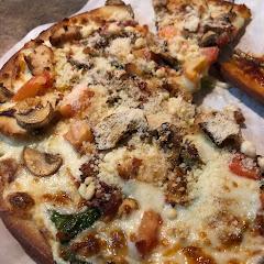 Gluten free flatlander pizza