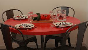 relooker une table à manger avec du béton ciré sur ancienne table de salle à manger avec pose de béton ciré sur table avec kit complet béton