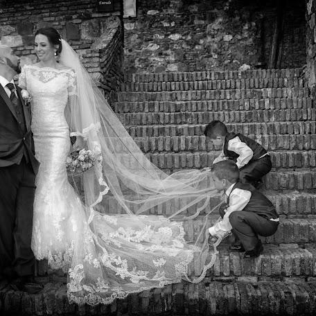 Wedding photographer Gustavo Valverde (valverde). Photo of 03.04.2017