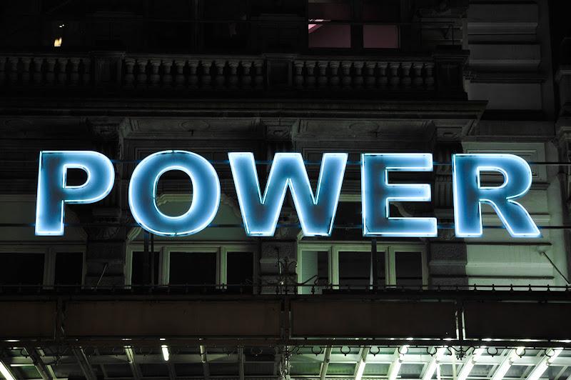 Power to the people, BXL. di Cristhian Raimondi