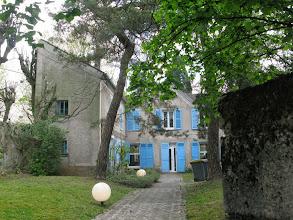 Photo: Nous arrivons à Chatenay-Malabry. Ici, la maison d'Eugène Sue