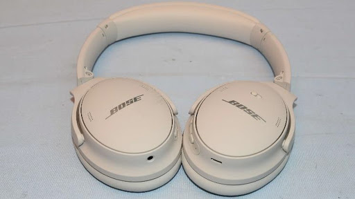 Soak up the first real-world shots of Bose's upcoming QC headphones