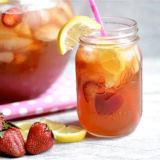 Strawberry Lemonade Sweet Tea