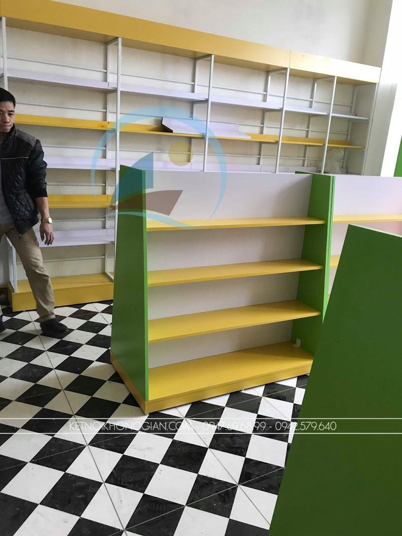thiết kế và thi công nội thất nhà sách đơn giản