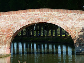 Photo: le pont  de Deyme est bien étayé !