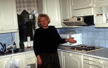 Photo: 1988 Remontti, uusi keittiö ja Tuula