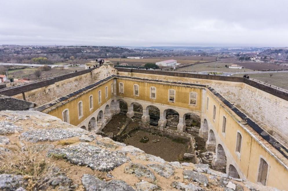 Interior del Castillo de Zamora.