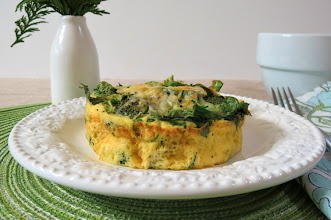 Photo: Broccoli and Cheese Egg Bake - An oohey gooey savory egg bake full of broccoli, spinach and cheese.   http://www.peanutbutterandpeppers.com/2012/12/06/broccoli-and-cheese-egg-bake/ #eggs   #breakfast   #broccoli   #spinach   #cheese   #healthybreakfastrecipes