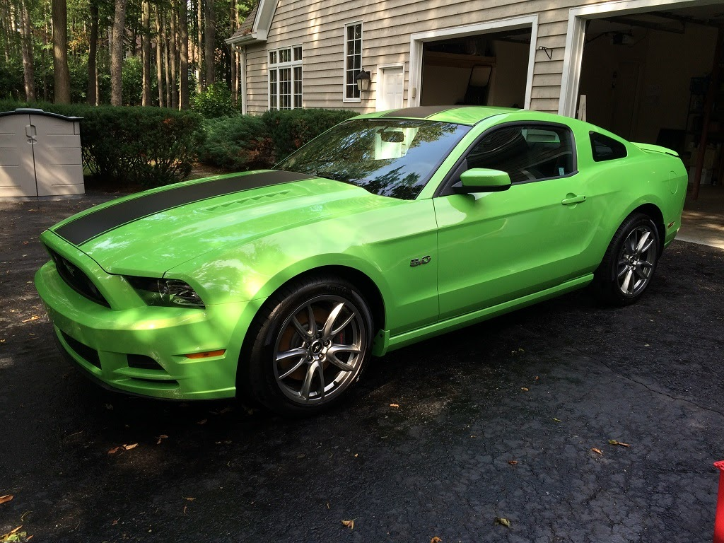 2014 ford mustang gt 4 800 miles gotta have it green with over the top racing stripes gt track package recaro cloth seats tech package sync package