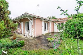 maison à Le Taillan-Médoc (33)