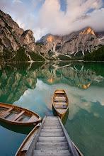 Photo: Paradise Boats, Lago di braies / Pragser Wildsee, Dolomites, Italy