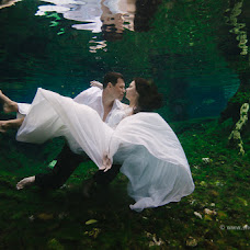 Wedding photographer Zhenya Tischenko (SHENKOphoto). Photo of 28.11.2014