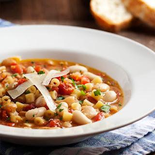 Pasta e Fagioli - Italian Pasta Bean Soup