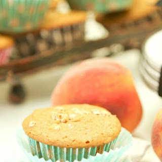 Peach Granola Muffins (Low Calorie, Low Fat).