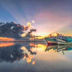 Morning Awesome  by Bertoni Siswanto - Landscapes Sunsets & Sunrises ( landscapes, landscape photography, flare, indonesia tourism, sunrise, reflections, ray of light, boat, transportation, travel photography, bali, seascapes, travel,  )