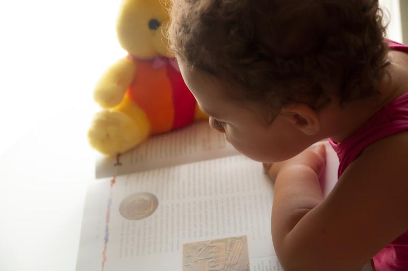 Un bambino che legge sarà un uomo che pensa ! di marit