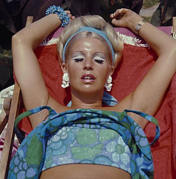 Emblemática imagen de la serie 'La playa'. Esta foto en concreto fue tomada en Marbella en 1974.